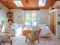 French property for sale in LA CROIX COMTESSE, Charente Maritime - €235,000 - photo 3
