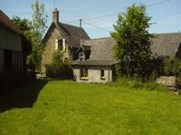 French property, houses and homes for sale inJAVRON LES CHAPELLESMayenne Pays_de_la_Loire