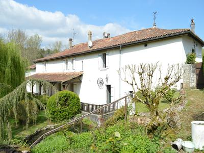 French property, houses and homes for sale in GOUT ROSSIGNOL Dordogne Aquitaine