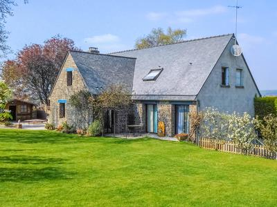 French property, houses and homes for sale in ISIGNY LE BUATManche Normandy