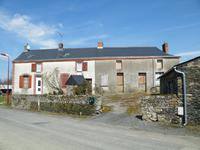 Maison rénovée avec deux chambres au centre du village de Chapelle-Heulin