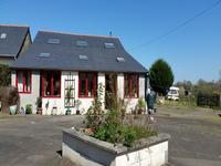 French property for sale in ST MARS SUR LA FUTAIE, Mayenne - €199,800 - photo 2