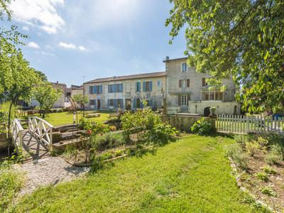 French property, houses and homes for sale in BOURG CHARENTE Charente Poitou_Charentes
