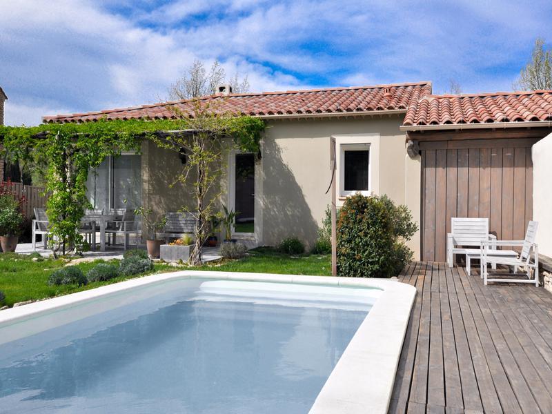 maison vendre en paca vaucluse apt apt villa r cente de plain pied piscine jardin. Black Bedroom Furniture Sets. Home Design Ideas