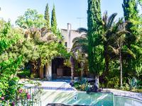 Ancien moulin fabuleux avec jardin privé et piscine. Situé dans village, Provence