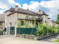 Monument Historique - Château + maison indépendante, 1044 m2; 9 chambres, près Geneve