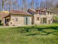 French property for sale in MIALET, Dordogne - €682,500 - photo 2