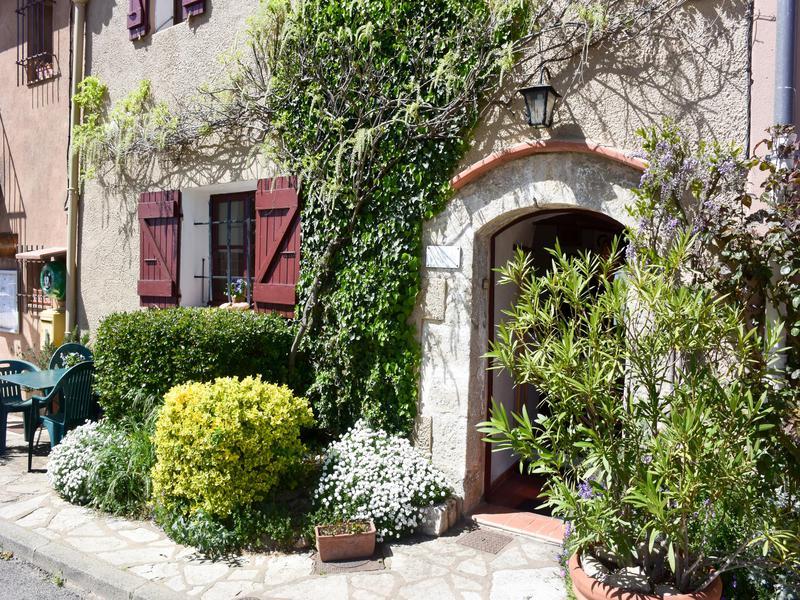 maison vendre en paca var moissac bellevue belle maison de village avec superbe vue 2. Black Bedroom Furniture Sets. Home Design Ideas