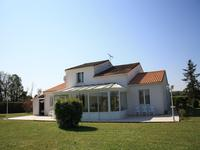 French property for sale in CHIVES, Charente_Maritime photo 7