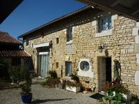 French property for sale in MANSLE, Charente - €371,000 - photo 3