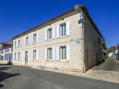 French property, houses and homes for sale in CORME ROYAL Charente_Maritime Poitou_Charentes