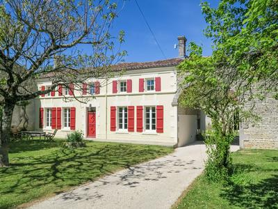 French property, houses and homes for sale in VINAX Charente_Maritime Poitou_Charentes