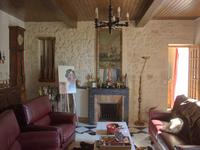 French property for sale in JUGAZAN, Gironde - €434,600 - photo 4