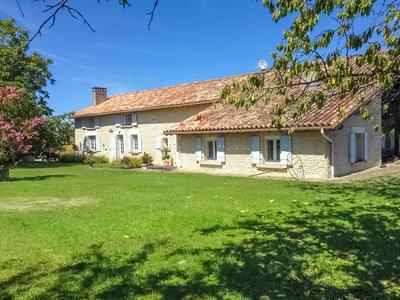French property, houses and homes for sale in CHALLIGNAC Charente Poitou_Charentes