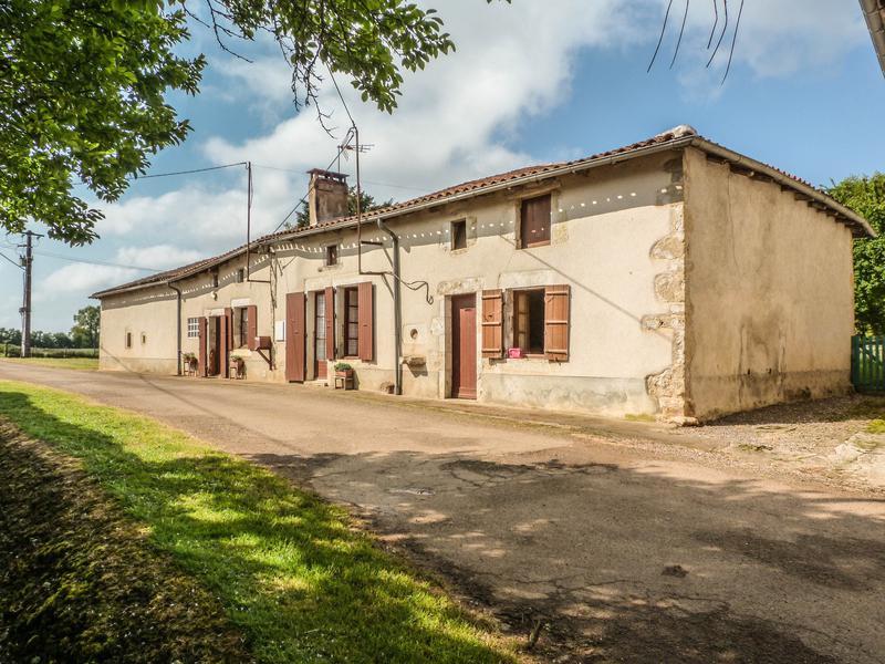 Maison à vendre en Poitou Charentes - Charente ALLOUE Ferme ...