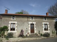 houses and homes for sale inMAUPREVOIRVienne Poitou_Charentes