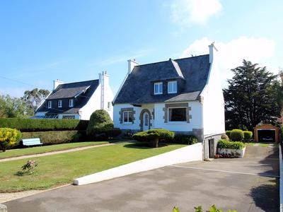 French property, houses and homes for sale in PLOUGASNOU Finistere Brittany