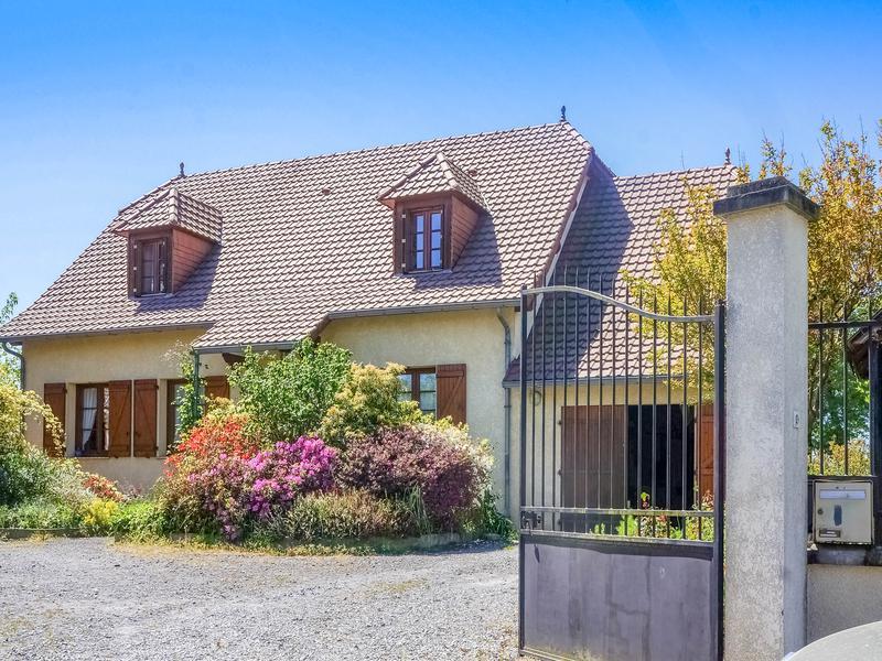 Maison vendre en aquitaine pyrenees atlantiques uzein charmante maison b arnaise avec 5 - Maison a vendre a petit prix ...