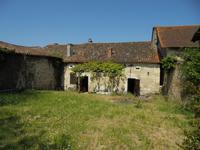 French property for sale in RIBERAC, Dordogne - €93,500 - photo 2