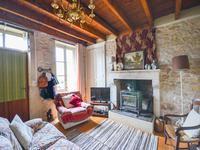 Maison à vendre à ST FRONT en Charente - photo 1