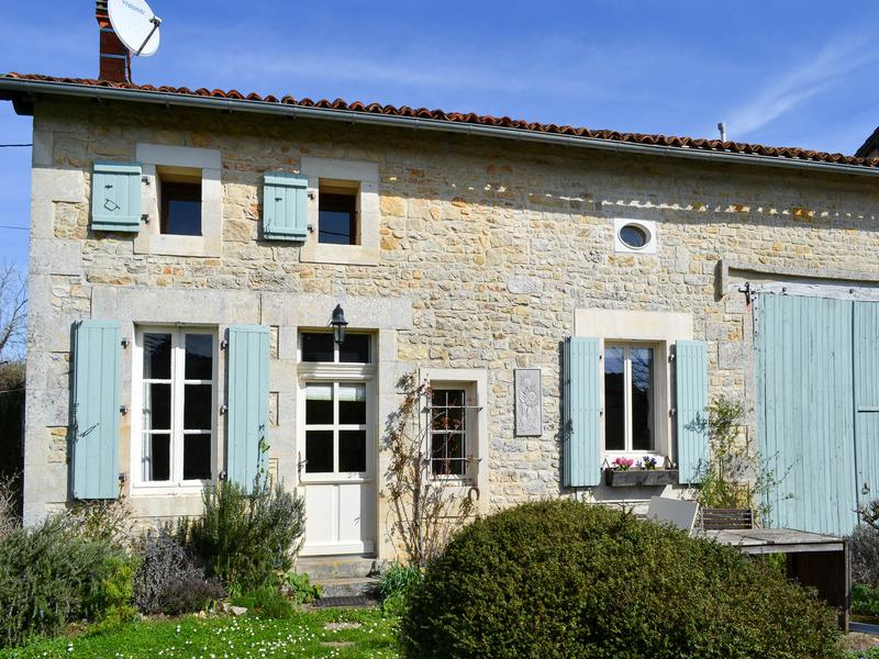 Maison à vendre à ST FRONT(16460) - Charente
