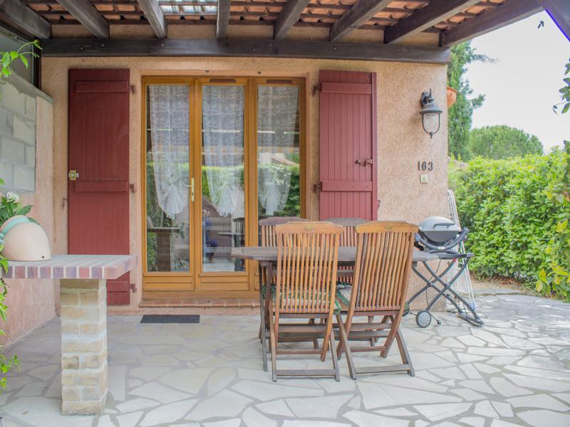 Maison vendre en paca var tourrettes tr s jolie petite for Acheter une petite maison dans le var