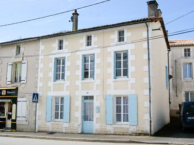 French property, houses and homes for sale in VERRUYES Deux_Sevres Poitou_Charentes
