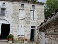 French property for sale in VOUHARTE, Charente - €51,000 - photo 3