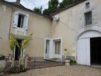 Maison à vendre à VOUHARTE en Charente - photo 1