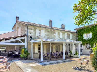 commerce à vendre à COGNAC, Charente, Poitou_Charentes, avec Leggett Immobilier