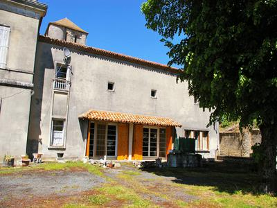 French property, houses and homes for sale in SAUZE VAUSSAIS Deux_Sevres Poitou_Charentes