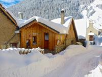 houses and homes for sale inAURISIsere French_Alps