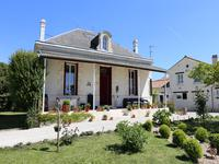 French property for sale in ST AUBIN DE BLAYE, Gironde photo 8