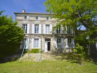 French property, houses and homes for sale in BEAUVAIS SUR MATHA Charente_Maritime Poitou_Charentes