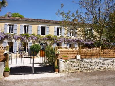 French property, houses and homes for sale in ARCHINGEAY Charente_Maritime Poitou_Charentes