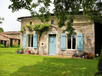 French property, houses and homes for sale in CLUSSAIS LA POMMERAIE Deux_Sevres Poitou_Charentes