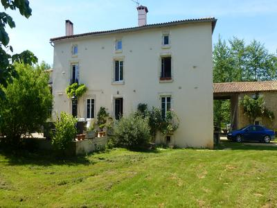 French property, houses and homes for sale in NANTEUIL Deux_Sevres Poitou_Charentes