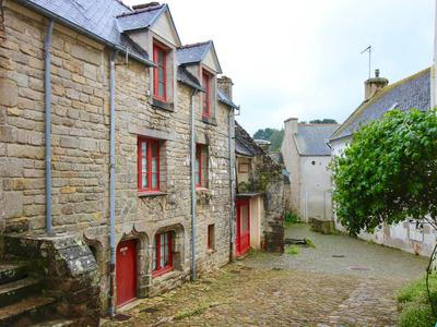 French property, houses and homes for sale in PONT CROIX Finistere Brittany