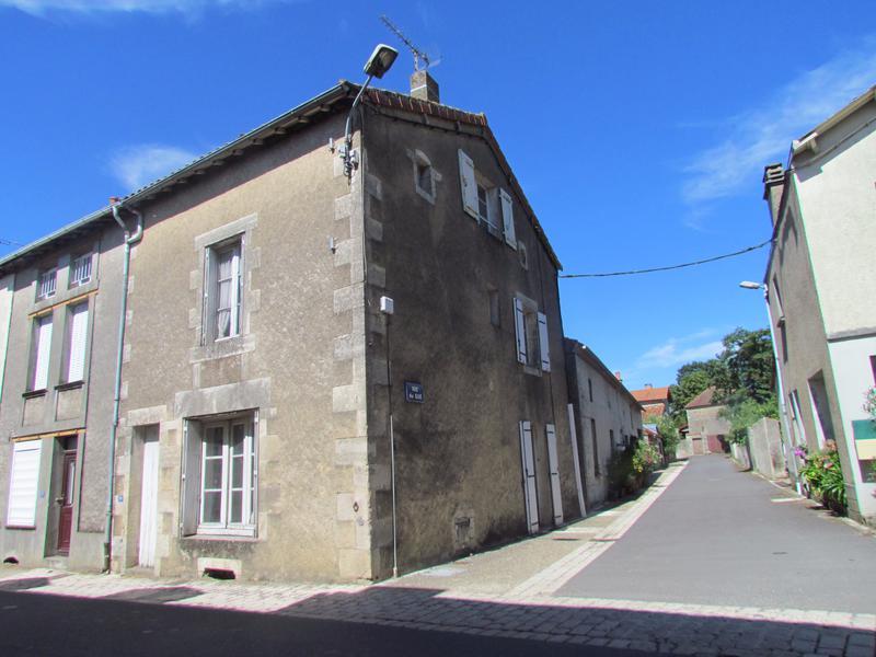 Maison à vendre à BOURESSE(86410) - Vienne