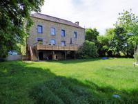 Maison de village, completement renovee, proche La Ferte-Mace