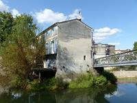 French property for sale in JARNAC, Charente - €149,600 - photo 8