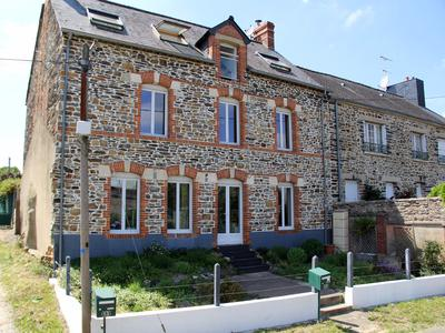 French property, houses and homes for sale in ST MALO DE PHILY Ille_et_Vilaine Brittany