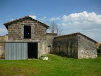 Maison à vendre à VILLEBOIS LAVALETTE en Charente - photo 3