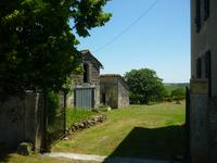 French property for sale in VILLEBOIS LAVALETTE, Charente - €129,000 - photo 3