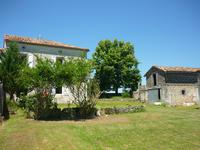 French property for sale in VILLEBOIS LAVALETTE, Charente - €129,000 - photo 10