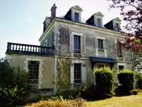 French property for sale in HAUTEFORT, Dordogne - €795,000 - photo 3