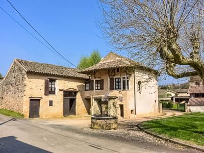 French property, houses and homes for sale in Chardonnay Saone_et_Loire Bourgogne