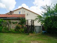 French property for sale in SCILLE, Deux Sevres - €162,000 - photo 9