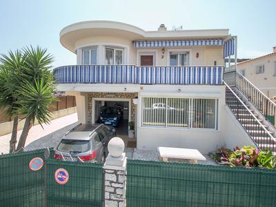 French property, houses and homes for sale in VILLENEUVE LOUBET Provence Cote d'Azur Provence_Cote_d_Azur
