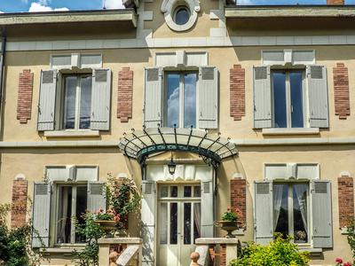 French property, houses and homes for sale in THOUARS Deux_Sevres Poitou_Charentes